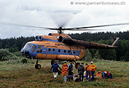 Helikopter-drop i uralbjergene